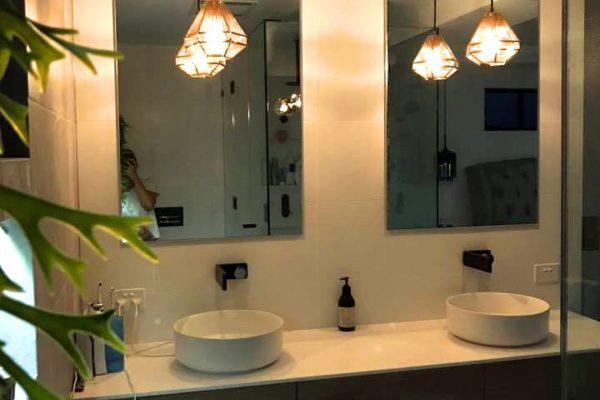 Amanda Bathroom Vanity V1